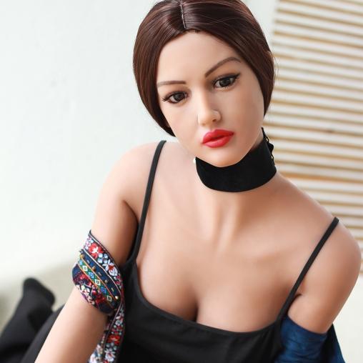 Секс кукла Моника Белуччи фото