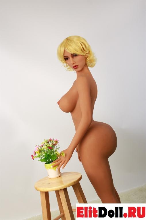 Реалистичная силиконовая секс кукла Агнезэ