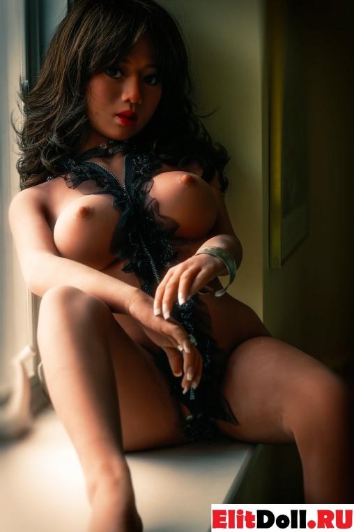 Реалистичная силиконовая секс кукла Каролина