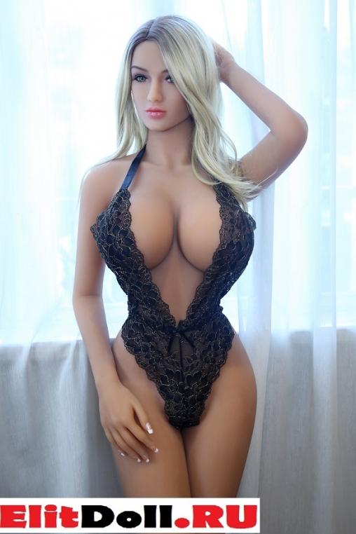 Реалистичная силиконовая секс кукла Айсана 160 см