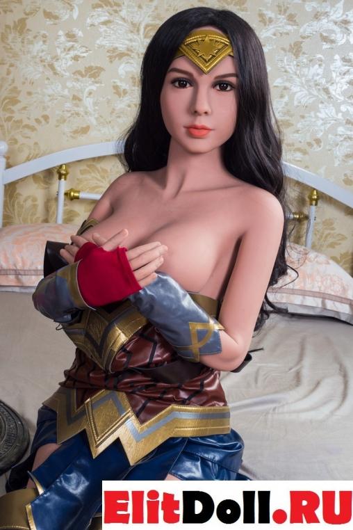 Реалистичная силиконовая секс кукла Люси