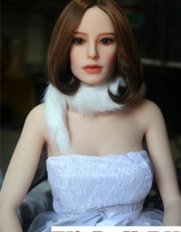 Реалистичная силиконовая секс кукла Линда